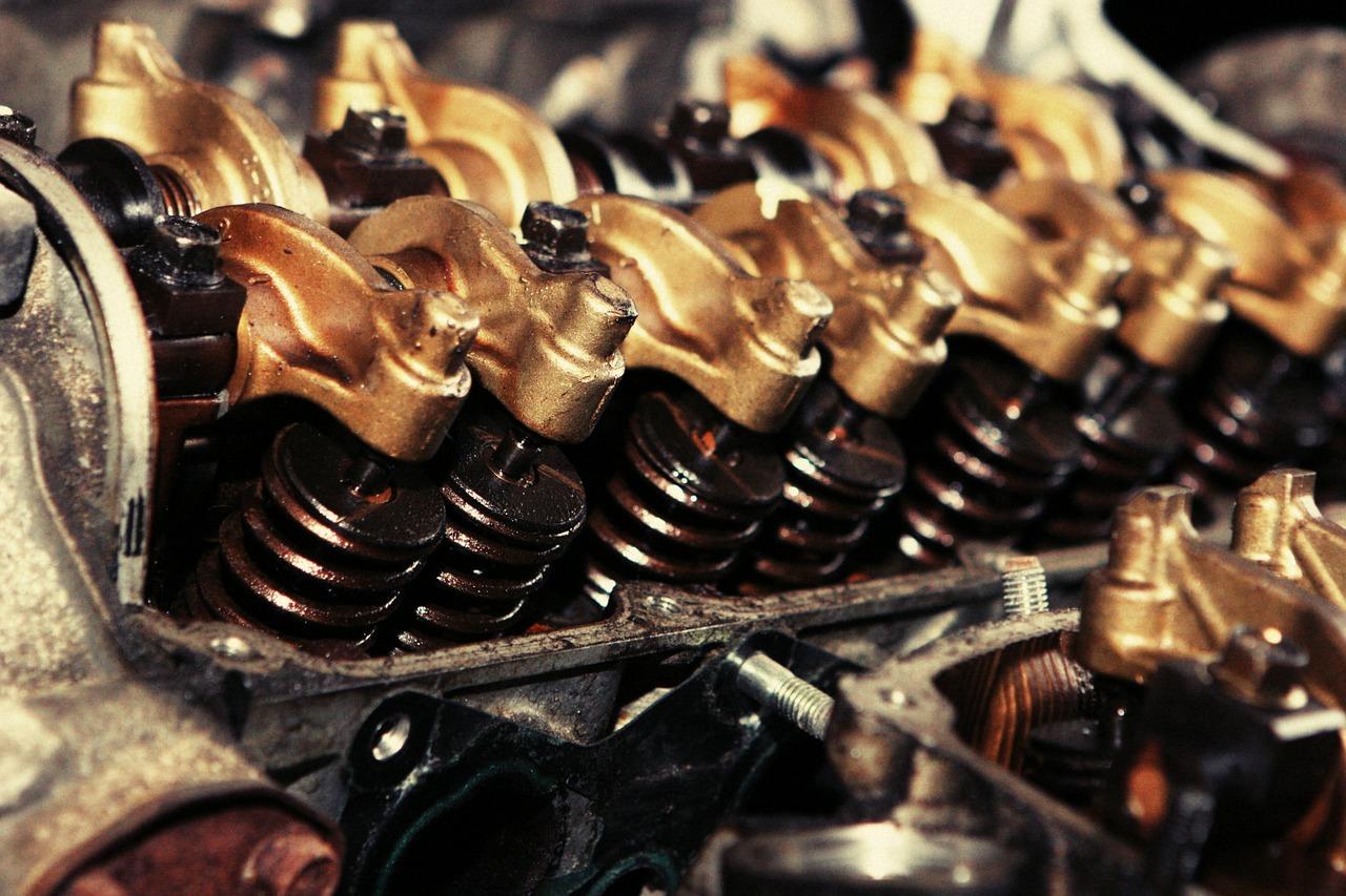 Stroji  in roboti v industriji