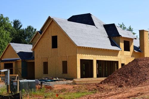 Izolacija poševnih streh